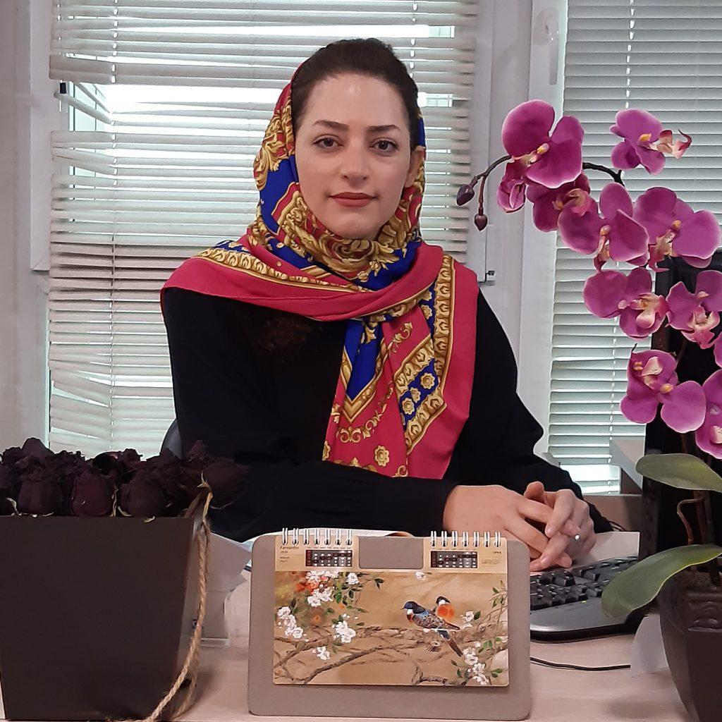 خانم مهندس آیسان ابراهیمی